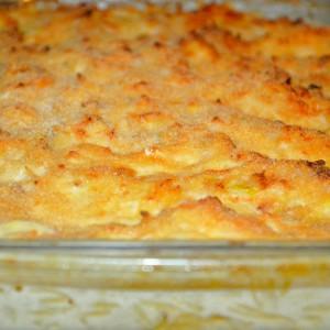 Bacalhau com alho francês no forno