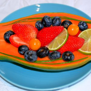 Mamão com frutas