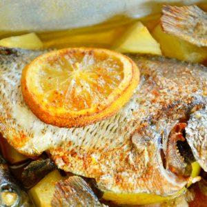 Sargo no forno com limão e orégãos