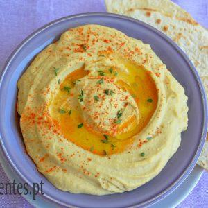 Hummus ou Patê de Grão-de-Bico