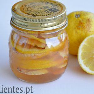 Remédio Natural de Gengibre, Mel e Limão
